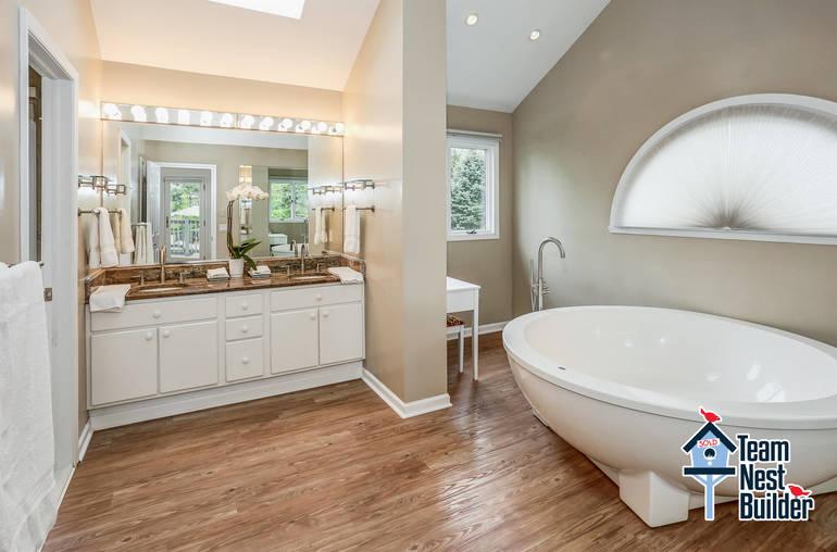 017_Master Bath View 1.jpg