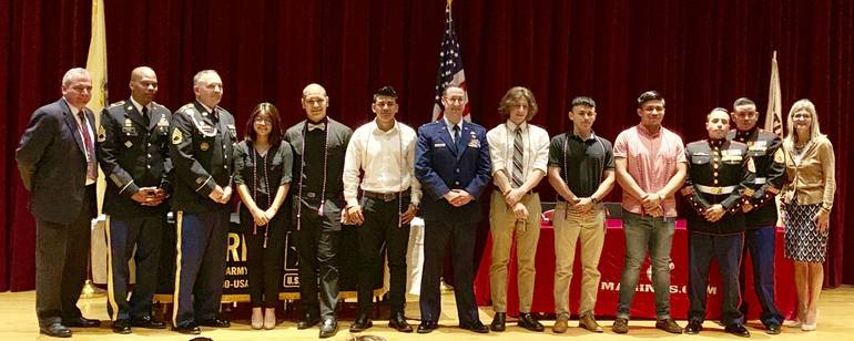 North Plainfield Students Sign Military Letters of Intent on 75th Anniversary of D-Day01CF8D22-739B-47CA-BAD9-EEF4389ABE60.jpeg