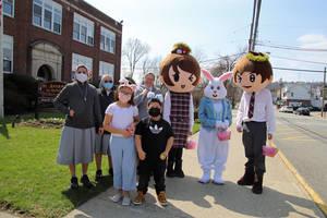 St. Anthony's Holds Easter Greet on Diamond Bridge Avenue