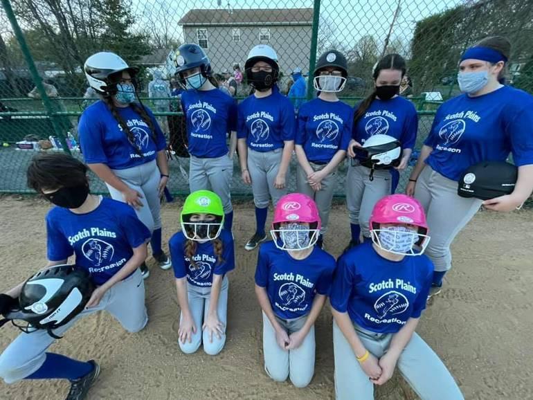 Scotch Plains-Fanwood Rec Girls 6-8 grade softball is Jamming For Jacob.