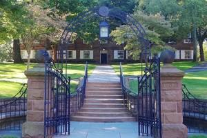 Carousel image 94b0b5bbe565f84e8c9d 1200px queens campus  new brunswick  nj   class of 1902 memorial gateway
