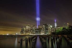 Carousel image d612f18b944d3ff64384 1200px september 11th memorial tribute in light 2014