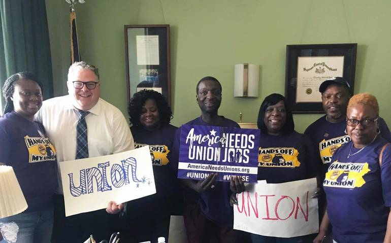 Tim Briggs Stands With Union Workers