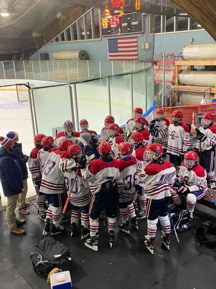 Ice Hockey: Gov. Livingston Finishes Season No. 1 in Kelly Division