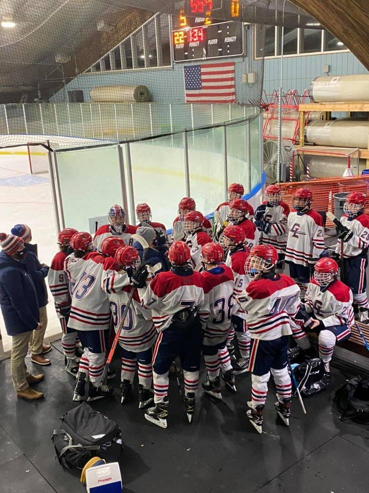 Ice Hockey: Gov. Livingston Finishes Season No. 1 in Kelly Division