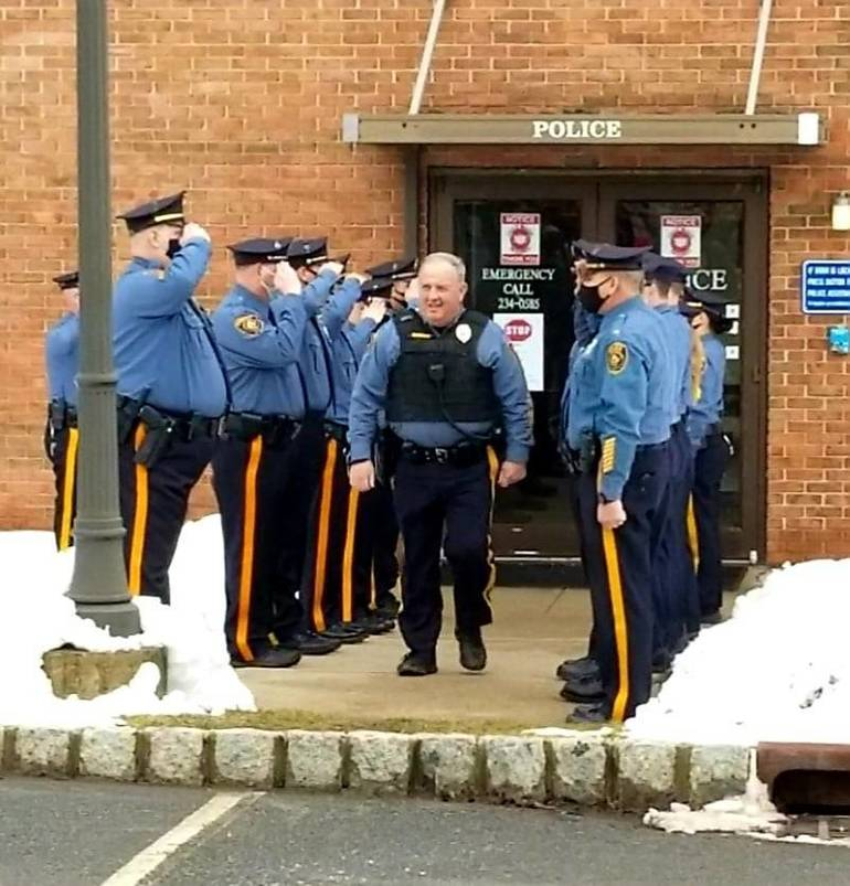 Bedminster Police Officer Thomas Finnerty Jr. Retires After 35 Years