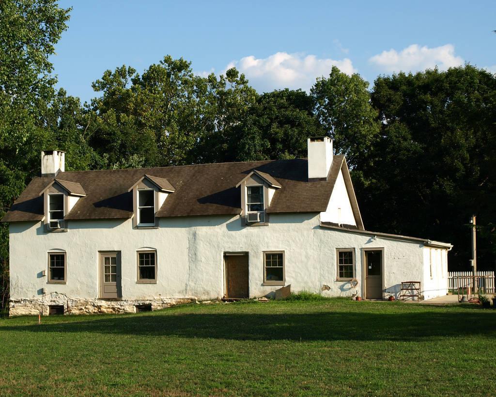 1711 house.jpg