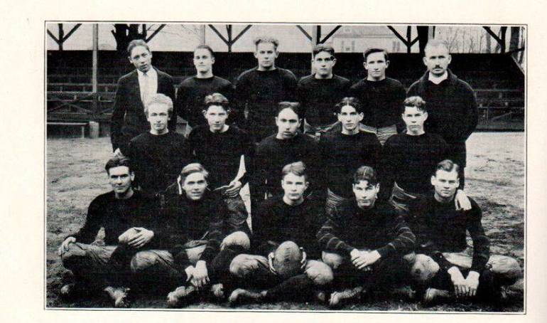 1925 champs.JPG
