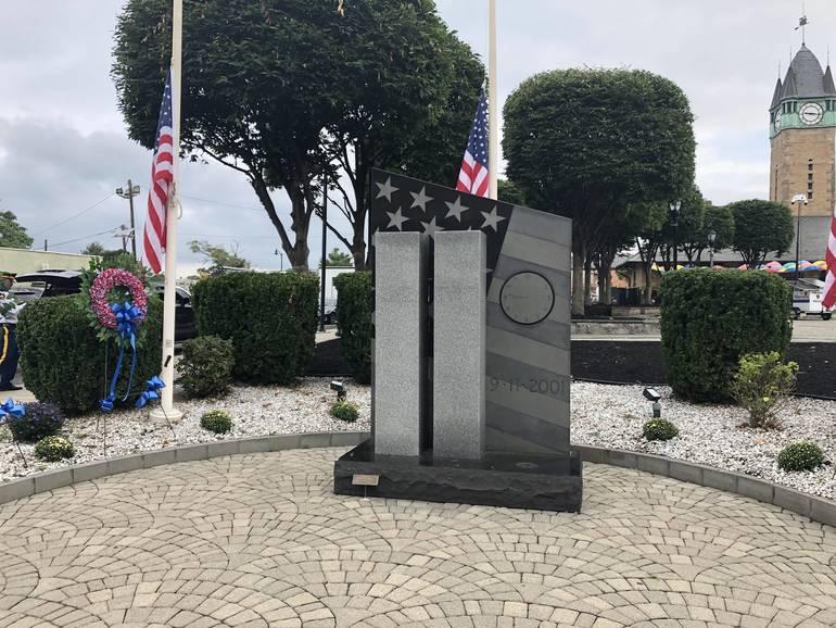 9/11 Memorial on Grand Street