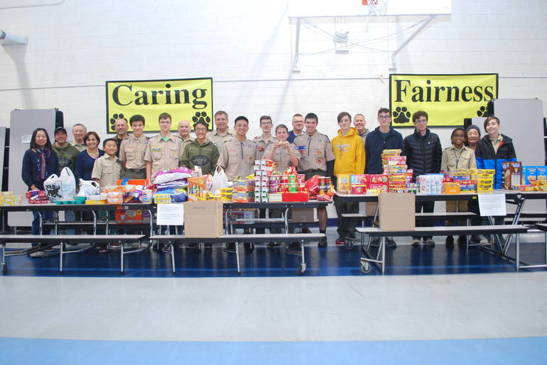 1 packing event group 11-10-19.JPG