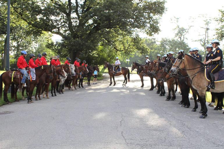 1Veterans ride horses in NYC.JPG