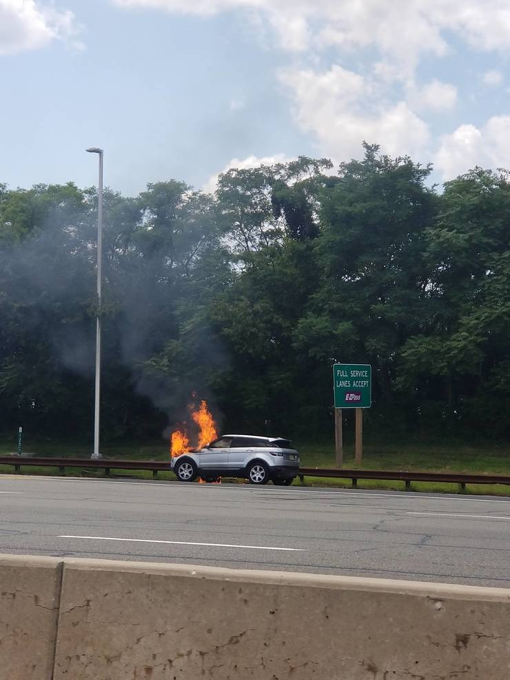 Car Fire Snarls Early Afternoon Traffic on Parkway   TAPinto