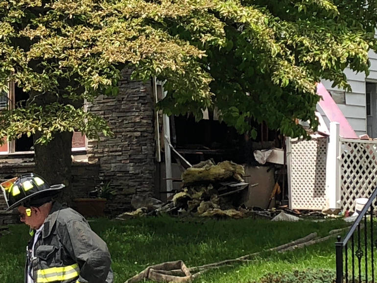 2019 May 25 House Fire Bloom,field f.jpg