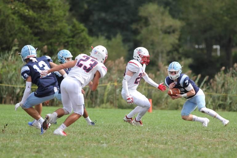 SHS football v Memdham 18