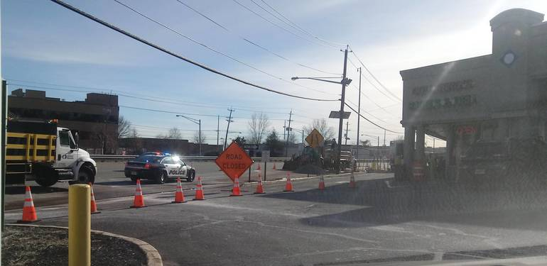 2019 hydrant leak Route 17 S at Williams Jan 7.jpg