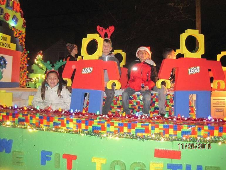 2016 Lincoln School Lego Float for parade.jpg