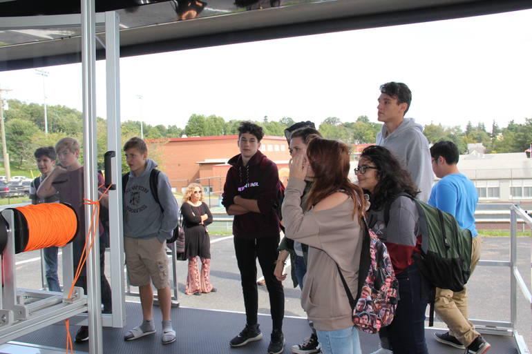 Keen Visits Newton High School