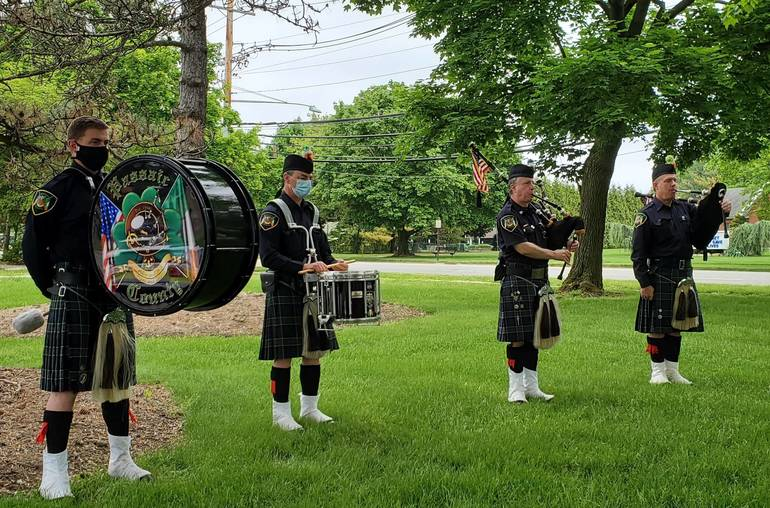 Pipe and Drums.jpg