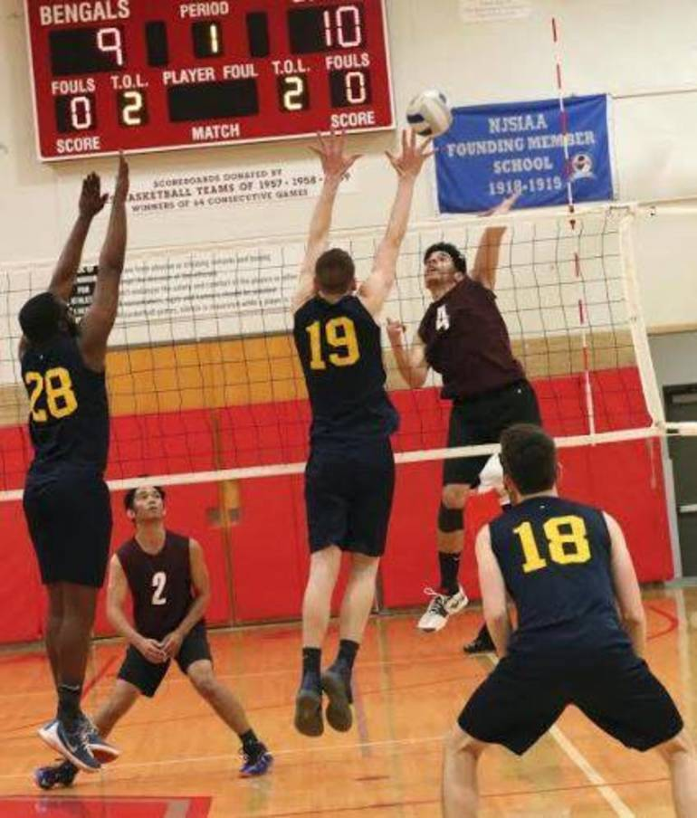 2019  MAy 22 Volleyball c.JPG