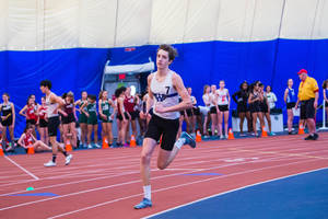 Carousel image d0fe84e085ad2c43dd96 20200119 whs winter track relays at njsiaa dwp4611
