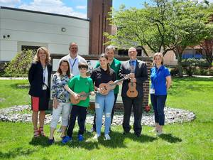 Conor G. Foundation Gifts Ukuleles to Reading-Fleming Intermediate School