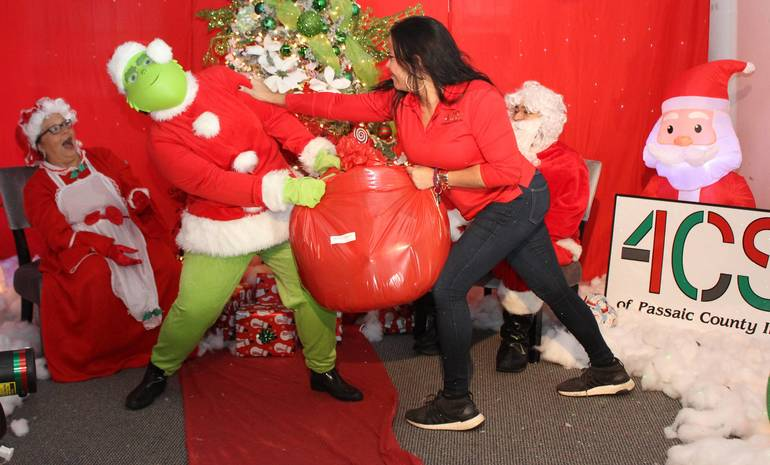 Even the Grinch has a Heart at the 4CS of Passaic County Toy Drive