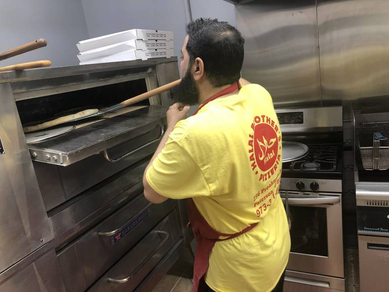 Halal Brother's Pizzeria Open for Business