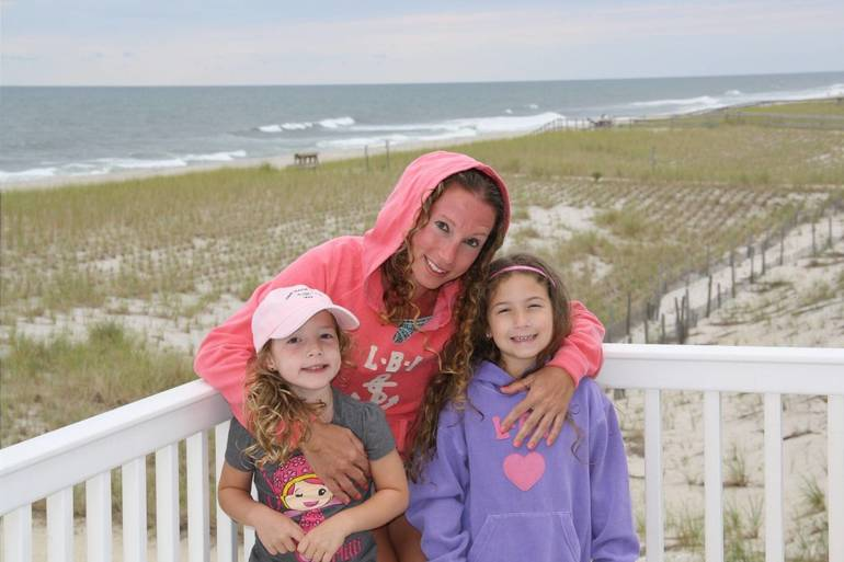 Holmdel Mom Dr. Yvonne Giunta-Lambros: A True Leader Saving Lives and Making the World a Kinder Place Every Day