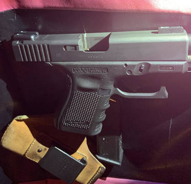 Top story bf42b74fe84b77d61806 40 caliber glock 23 during road rage on tues jan 21 from sgt jeff napolitano