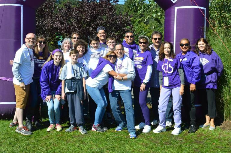 Alzheimer's walk takes over Williamstown
