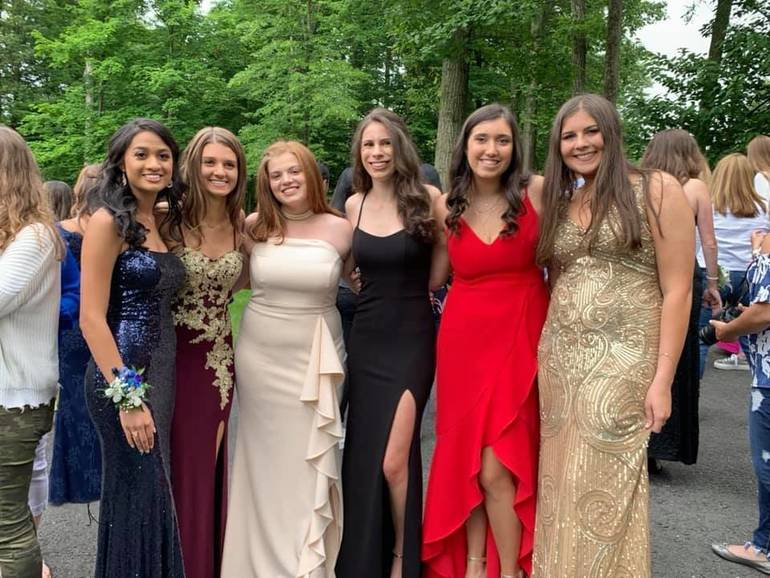 WHRHS Prom 2019: Watchung Hills Students Ready for Senior Prom and Graduation459815CE-B526-4B23-84AA-FDB93B714E4D.jpeg