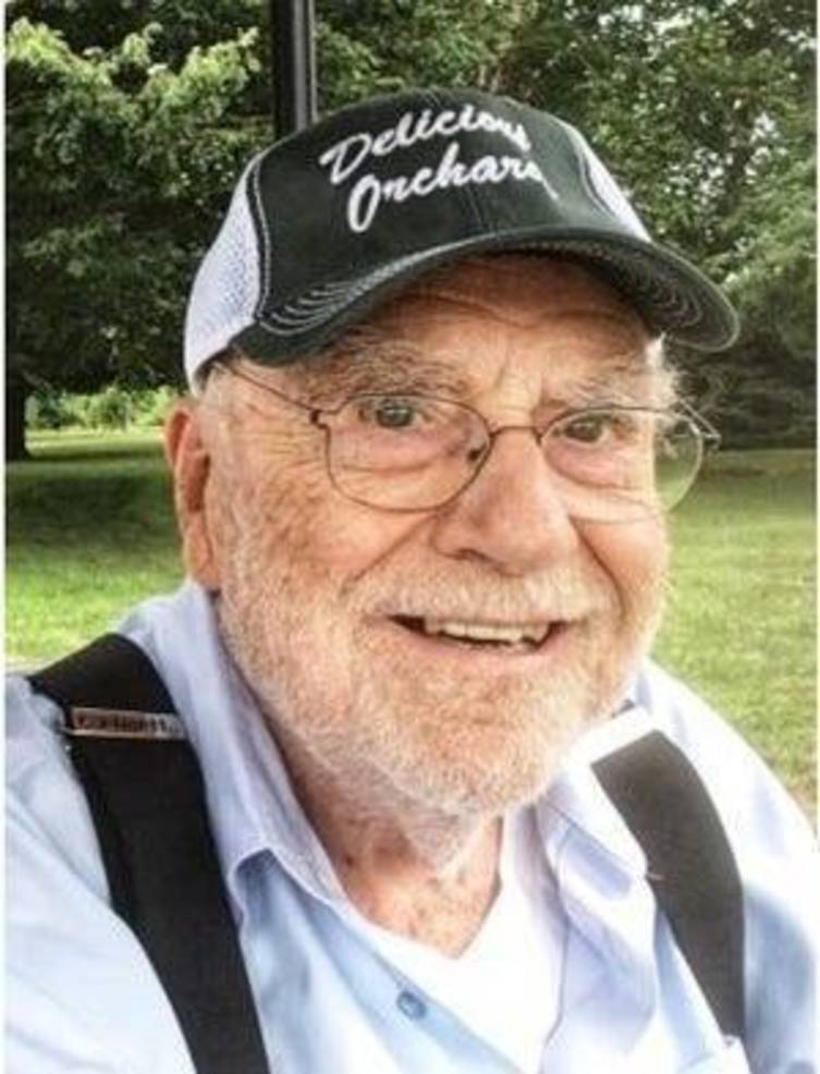 """Colts Neck Legend, Carroll Barclay, Jr. """"Skip"""" Original Owner of Delicious Orchards, Dies at age 94."""
