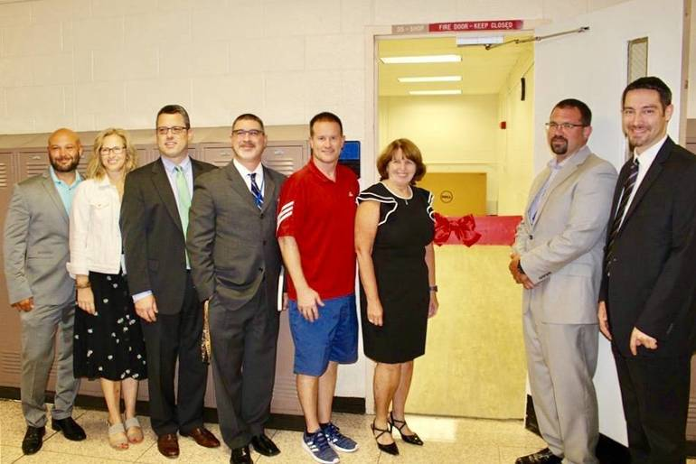 Warren Cuts the Ribbon On Fitness Center51568418-CC43-41EA-9B3B-C612B52B3EA5.jpeg