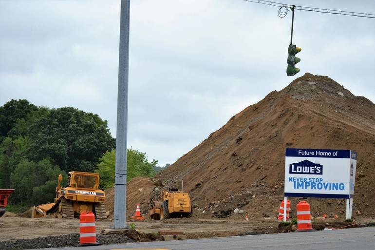 Traffic Concerns Mount in Yorktown as Lowe's Opening Delayed