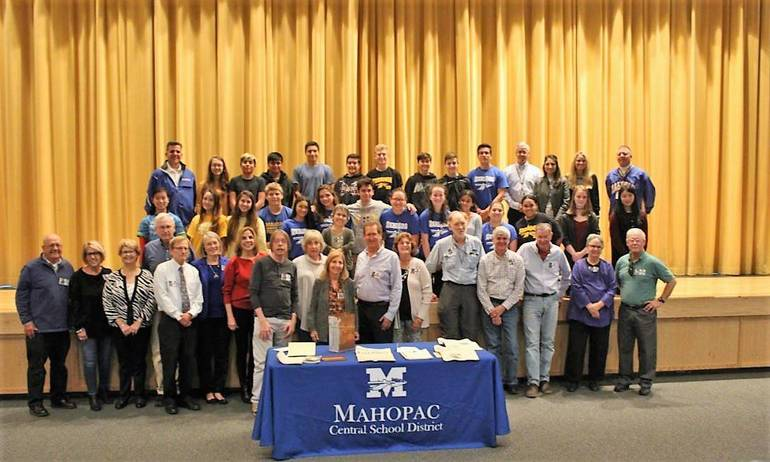 69 Class of 1969_MHS Students and Staff.jpg