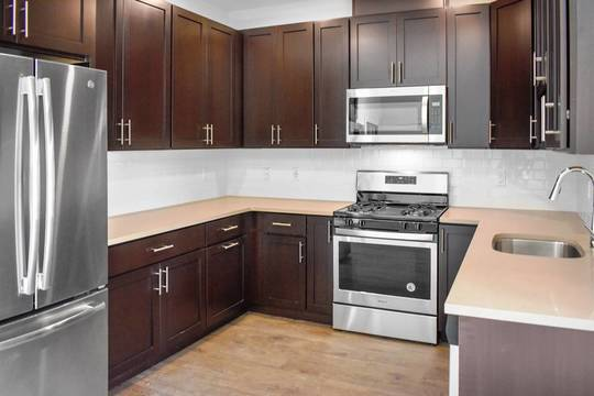 Top story 9de671252c6020ac95b2 745 hamilton kitchen