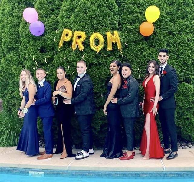 WHRHS Prom 2019: Watchung Hills Students Ready for Senior Prom and Graduation753CC6C2-00D8-4461-9C30-4DD4BA8D36FD.jpeg