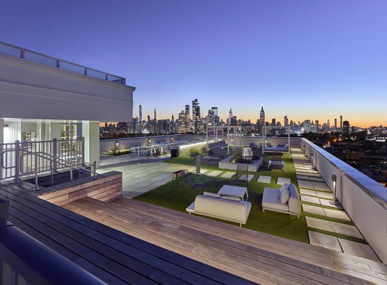 7 Seventy House Roofdeck