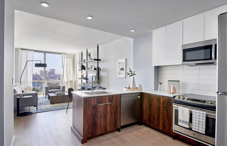 Hoboken's 7 Seventy House Luxury Rental Resumes In Person Tours