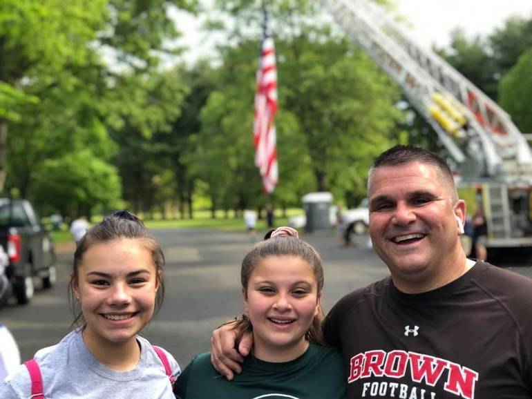 pictures of the letter b second annual colts neck farm house 5k is a run for 23998 | best crop 7312efa7e3d9b65f956b 82AD9289 85A5 428E 8473 BB23998BD52D