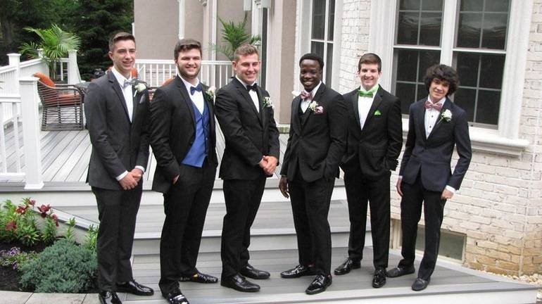 WHRHS Prom 2019: Watchung Hills Students Ready for Senior Prom and Graduation84EAF234-5F09-4596-B651-B7DE478E0672.jpeg