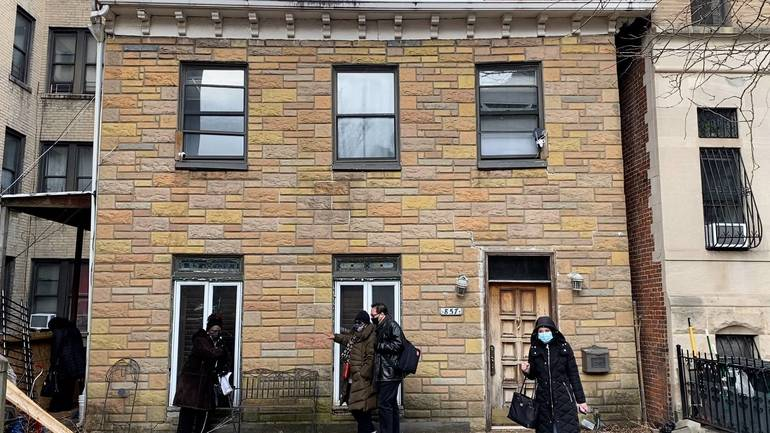 Elected Officials Vow to Save House Linked to Underground Railroad