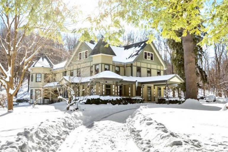 Yorktown Home of Historic Distinction: Huntersville's Morrison Manor