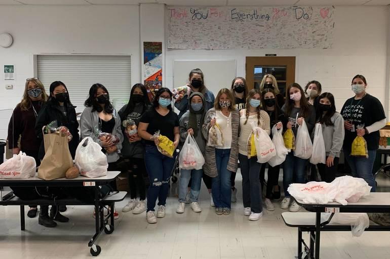 Yorktown High School Partners with Feeding Westchester