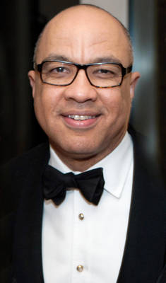Katonah Museum of Arts Presents Himmel Award to Darren Walker