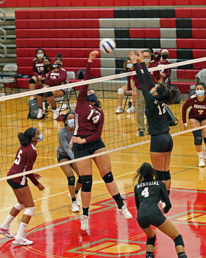 Bloomfield Girls' Volleyball Team Will be Led by Senior Captains Taylor Sconiers and Arianna Garcia