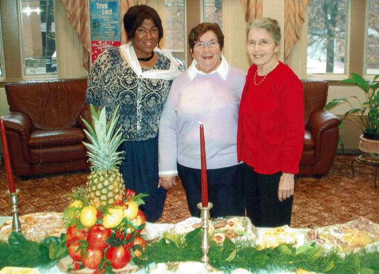 9. Babara Lockley, Magaly Docabo and Maryann Dolling, reception.jpg