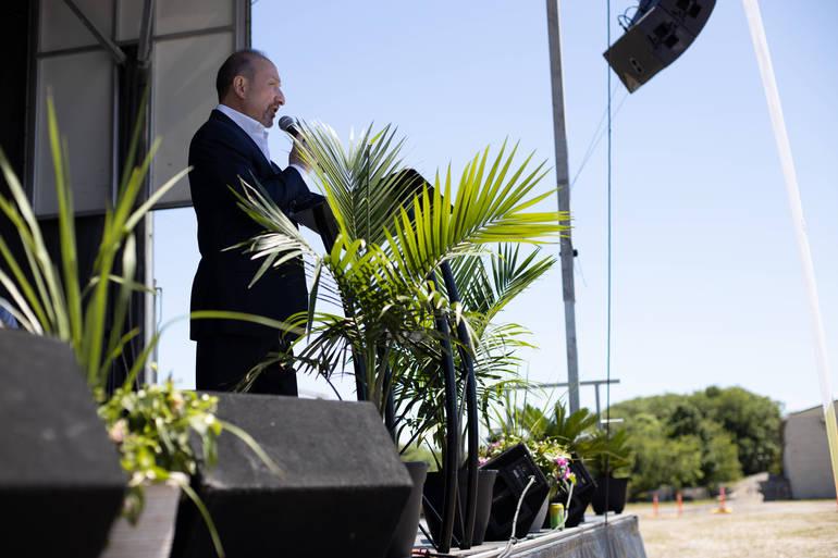 Join Abundant Life Worship Center at Drive-in Palm Sunday Service