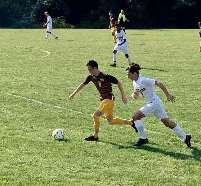 WHRHS Boys Soccer: Watchung Hills Kicks Montgomery, 3-2A252F25B-A6D2-48D7-98B5-CBE4DA0015EE.jpeg