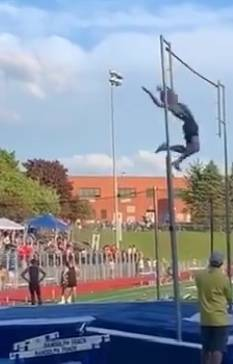 WHRHS Track & Field: Jelmert Vaults to No. 1 in New Jersey, Watchung Hills Breaks Records, at Somerset County Championships and East Coast RelaysA38C5033-FB20-49A3-B528-DF4DA4536DF0.jpeg
